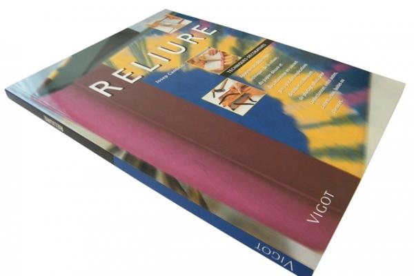 encadernacao-brochura-com-capa-personalizada-led-encadernadora399F87C50-8E2A-8A11-6BFC-78F40136713D.jpg